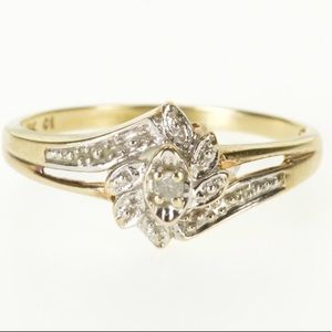 Jewelry - 10k solid gold 2.2grams, Diamond & Gemstone Ring.